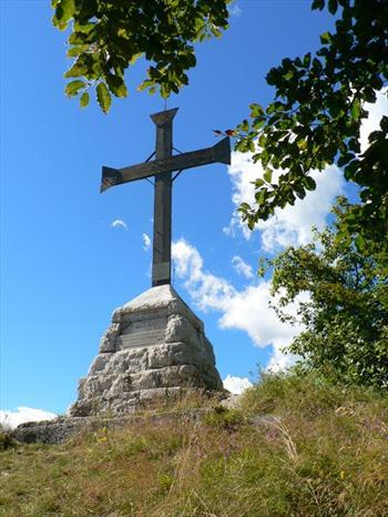 The Altaburg Cross