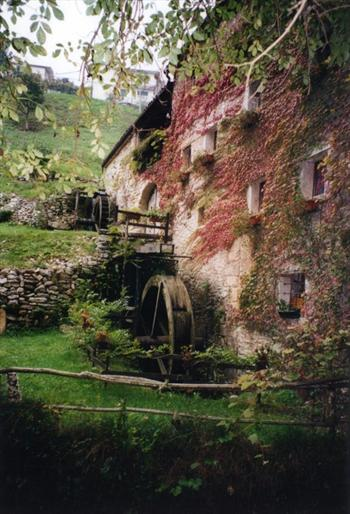The Valley of The Mills - Lusiana