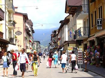Shopping in centro ad Asiago
