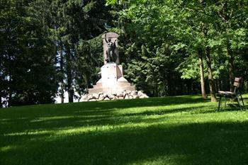 Il monumento alla