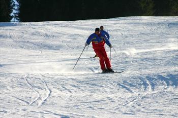 Maestri sulle piste da sci