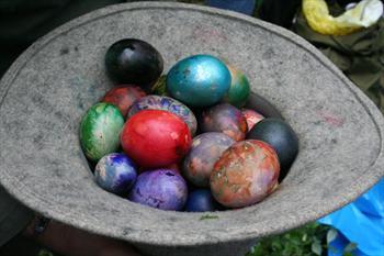 Le uova colorate della rogazione
